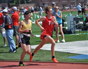 Matthew Mangus repeats to 3200m podium; places 7th for Fairfield