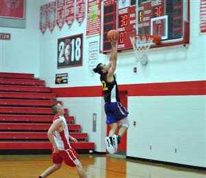 Fairfield hosts 2018 Boys Basketball Highland County Shootout