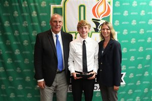 Mangus earns OHSAA Scholar-Athlete Scholarship