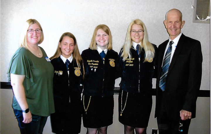 Pictured (l-r) are Jo Heather Arnett, Hailee Waits, Elizabeth Zaremba, Kelsey Arnett and HCRTA President Bob Hottle at the HCRTA luncheon. (Submitted photo)