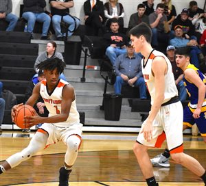 Whiteoak wins in OT over Paint Valley; advances to sectional finals
