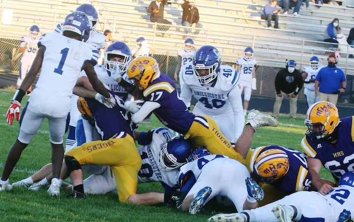 Matt Bliss (No. 17) scores McClain's only touchdown in the first quarter of Friday's game vs. Chillicothe. (HCP Photo/Jim Jones)